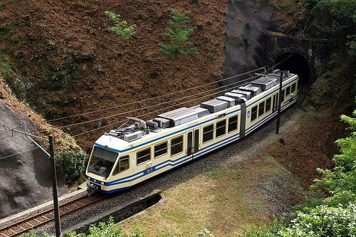 En Tren Centovalli y su ruta de paisajes
