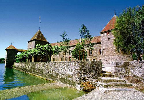 Rolle, pequeño pueblo medieval cerca de Ginebra