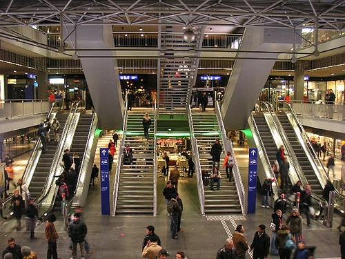 Llegar a Berna en tren, autobús y avión