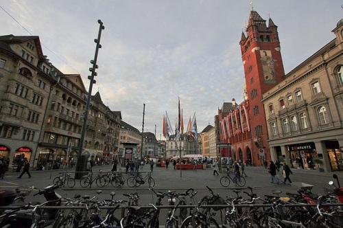 Plazoleta de Mercado o Marktplatz en Basilea