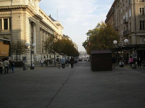 Rue du Mont-Blanc, de compras en Ginebra