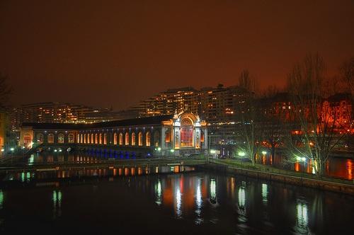 Teatro en la noche de Ginebra