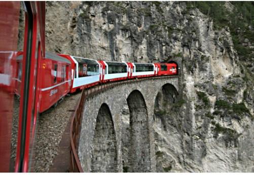 El viaducto de Landwasser, sobre el río Albula