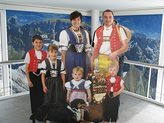 Moda suiza en el siglo XIX