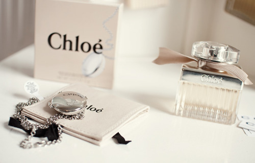 exposicion de perfumes